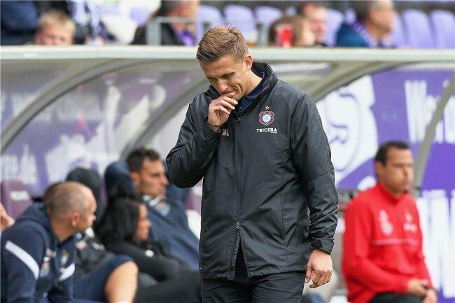 Acht Pflichtspiele, kein Sieg: Nach nicht einmal drei Monaten packt Aleksey Shpilevski schon wieder seine Koffer in Aue - die erste Trainerentlassung der Saison im deutschen Profifußball.