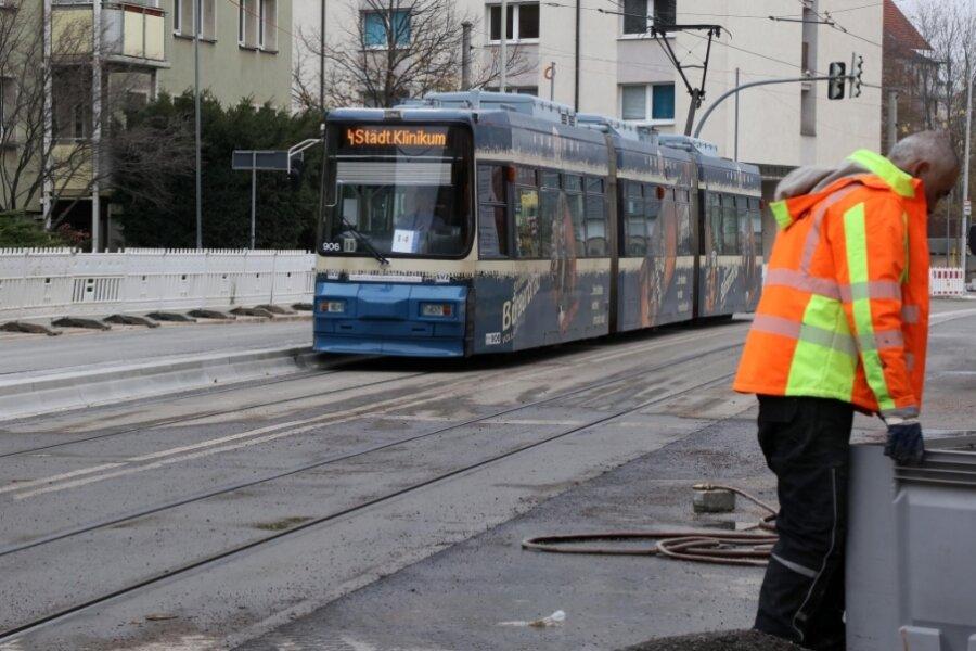 Haltestellen-Umbau auf Marienthaler Straße fertig - Ein- und Ausstieg bequemer