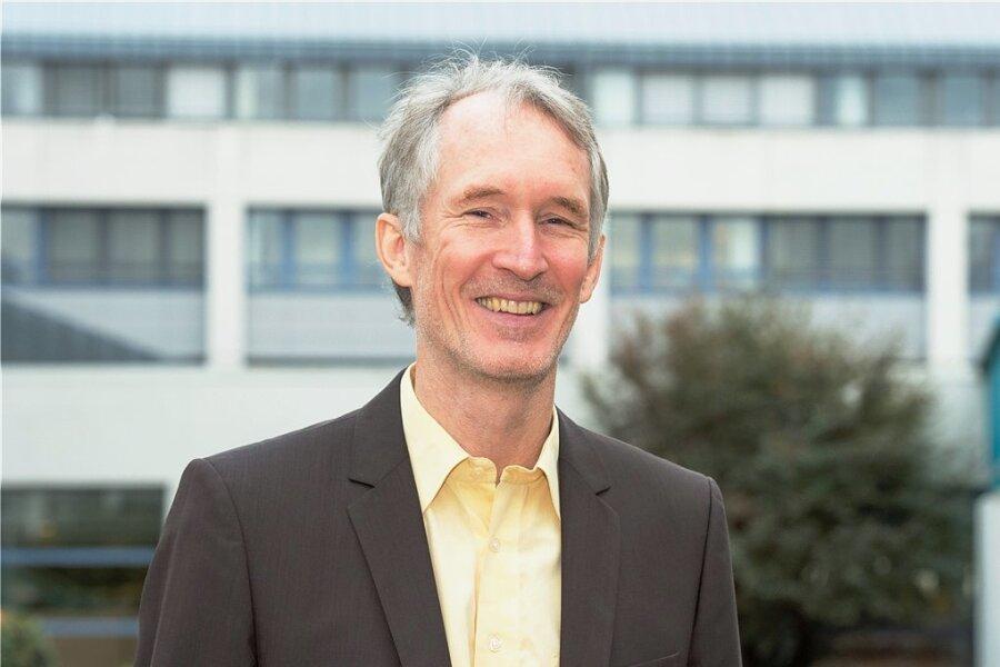 Klaus Wälde - Professor