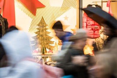 Die verkaufsoffenen Sonntag im Advent in Plauen stehen vor der Absage (Symbolfoto).