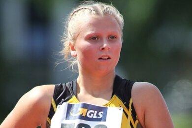 Kylie Garreis sicherte sich mit einem energischen Antritt in der letzten Runde Platz 4 und persönliche Bestzeit im 3000-Meter-Bahngehen.