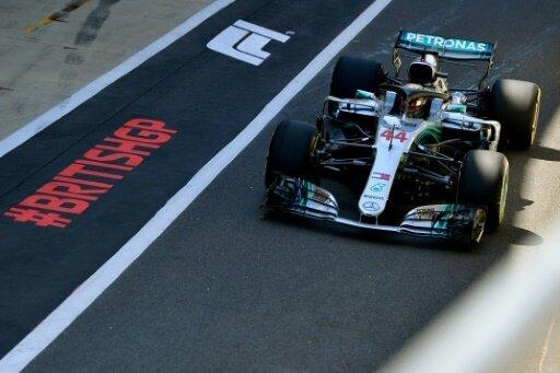 Silverstone: Hamilton sichert sich die Pole Position