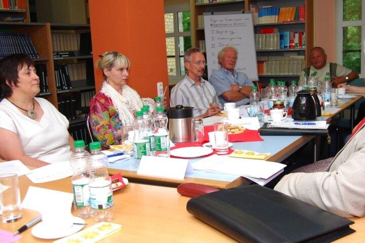 Christiane Vilda-Kaiser (links) ist eine von 15 Friedensrichtern der Region.