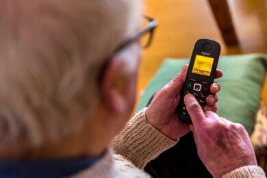 Für sehr viele Senioren war es schwierig, über die Hotline einen Impftermin zu erhalten.