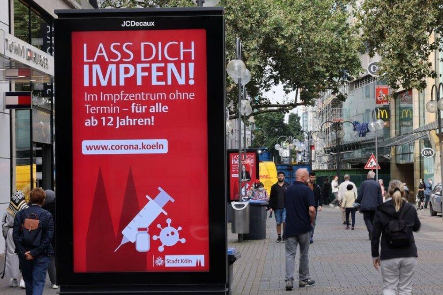 Newsblog Corona: Kein Anspruch auf Lohn während Quarantäne für Ungeimpfte in Rheinland-Pfalz
