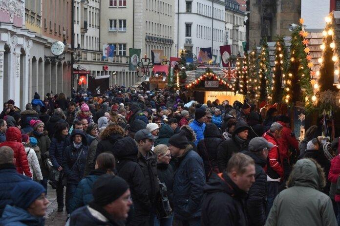 Klosterweihnacht: 30 Stände auf historischem Markt