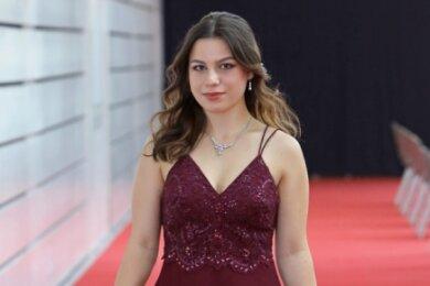 Lara Fee Lichtenstein hat in Hohenstein-Ernstthal das Gymnasium besucht. Sie will Medizin studieren.