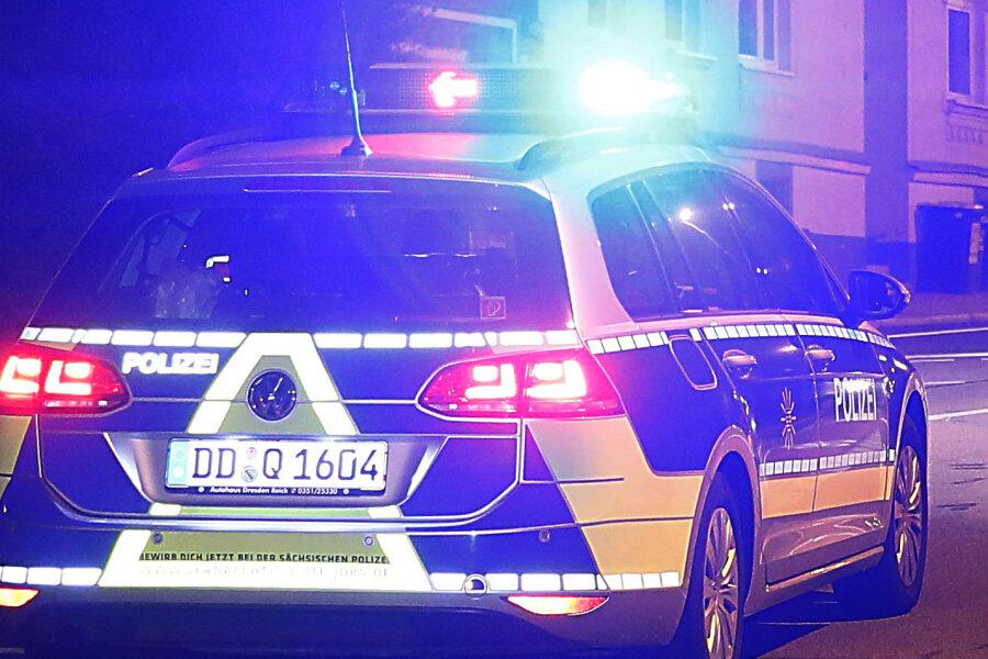 Geldraub in Markneukirchen - Polizei vermutet Serientäterin