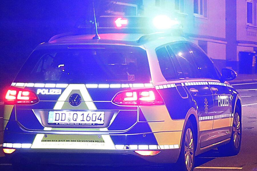 Vogtland: Fußgänger nach Unfall gestorben