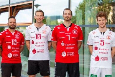 David Schmidt, Marc Multhauf und Karel Kveton (von links) haben schon in der Vergangenheit das Trikot des HC Einheit Plauen getragen. Jetzt kehren sie zum Verein zurück. Jannis Roth (rechts) stößt neu dazu.