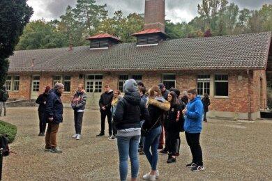 Für 20 Schüler aus den beiden 10. Klassen der Oberschule Westerzgebirge Bad Schlema gab es eine Bildungsfahrt zur KZ-Gedenkstätte in Dachau.