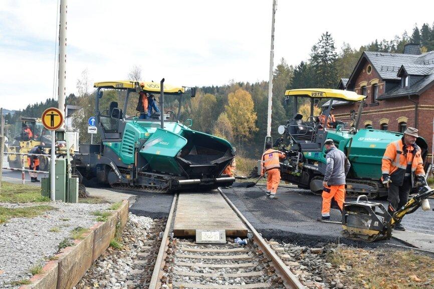 Bauarbeiten an Bahnübergängen dauern noch bis Mittwoch