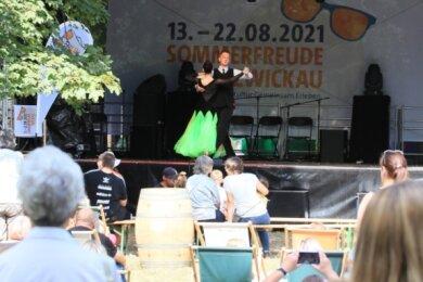 Im Schlobigpark trat auch der Tanzverein TSG Rubin auf.