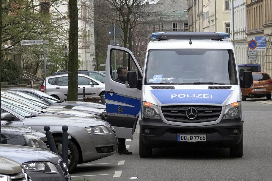 Polizei findet mehrere Drogen bei Razzia