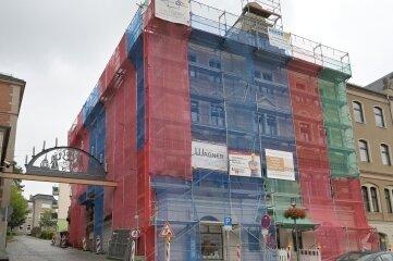 Das Gebäude Rathausstraße 1. Die Stadt kauft es zurück.