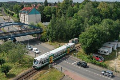 Die eingleisige Strecke der Vogtlandbahn zwischen Zwickauer Stadthalle und Hauptbahnhof bekommt ein neues Zugsicherungssystem.