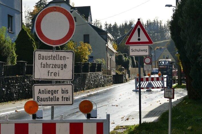 In Krumhermersdorf steht wieder eine Vollsperrscheibe.