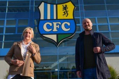 Seit Anfang dieses Jahres leiten sie die Geschicke des Chemnitzer FC: Romy Polster ist Vorsitzende des Vereinsvorstandes und steht kurz vor der Beendigung der Insolvenz. Armin Causevic ist als Sportdirektor für die Zusammenstellung des Kaders der Regionalligamannschaft verantwortlich.