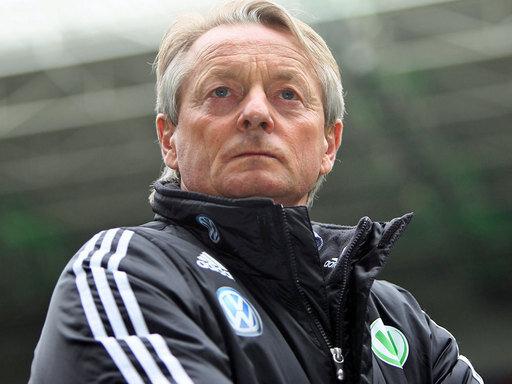 Viertelfinale im Blick: Wolfsburg-Trainer Lorenz-Günther Köstner