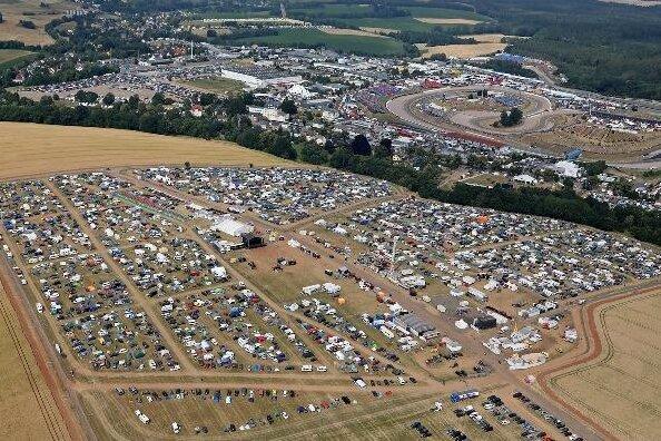 Auch in diesem Jahr reisten viele Fans an, um auf dem Ankerberg zu campen.