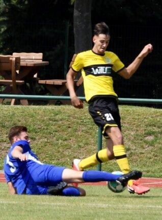 Seit der neuen Saison gehört Charlie Spranger, Sohn des Ex-Profis Arnd Spranger, zum Oberliga-Team des VFC Plauen. Beim Test in Markranstädt stand er im Aufgebot und bereitete das 3:0 mit vor.