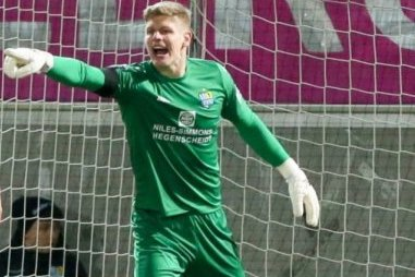 Torhüter Jakubov bleibt dem CFC erhalten
