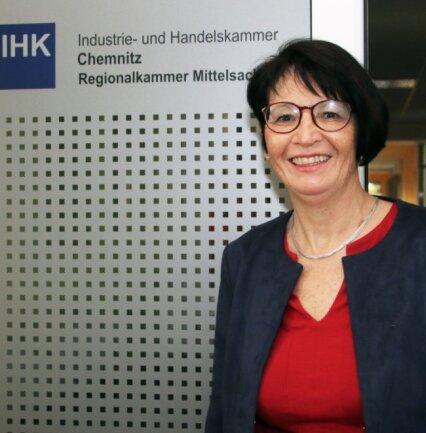 Dr. Annette Schwandtke verabschiedet sich nach acht Jahren als Geschäftsführerin der IHK Mittelsachsen in den Ruhestand.