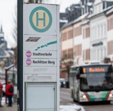 Der Rochlitzer Stadtbus soll an mehr Haltestellen stoppen.