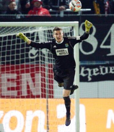 Torhüter Kevin Kunz bleibt über die Saison hinaus beim Chemnitzer FC.