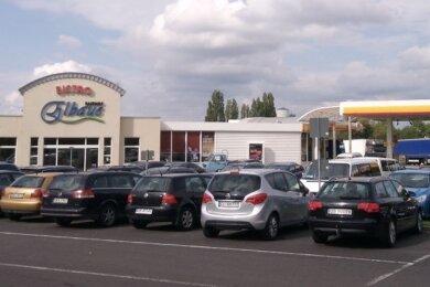 """""""Elbaue"""" nennt sich der Autohof der SVG in Sachsen an der A 4 in Dresden. Eine weitere Anlage gibt es bei Stollberg an der A 72."""