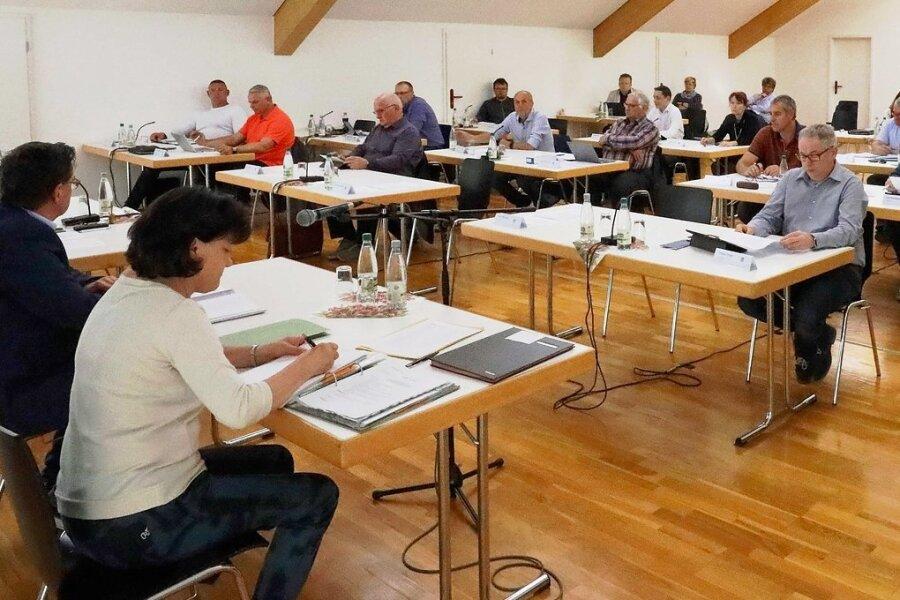 Die Crimmitschauer Stadträte tagen derzeit im Feuerwehrgerätehaus.
