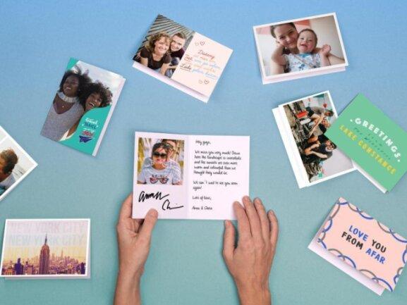 Postkarten lassen sich heute selbst am Smartphone mit eigenen Fotos gestalten - zum Beispiel mit dem Anbieter Mypostcard.com.