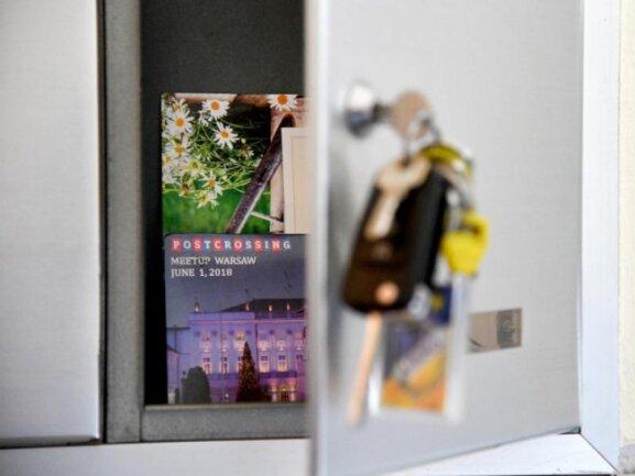 Postcrossing heißt das Konzept, Menschen in fremden Ländern Postkarten zu schreiben - auch ohne Urlaub.