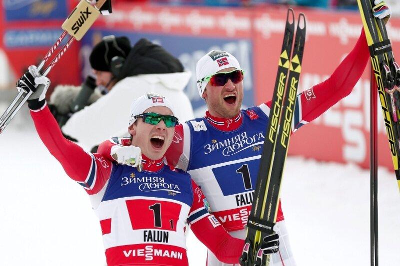 Trond Nystad - Die Nummer 1 in der Welt: Die Norweger Finn Haagen Krogh und Petter Northug nach ihrem Sieg im Teamsprint.