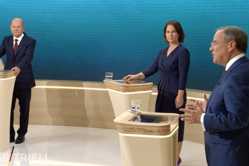 Olaf Scholz (l.), Annalena Baerbock und Armin Laschet beim TV-Triell.