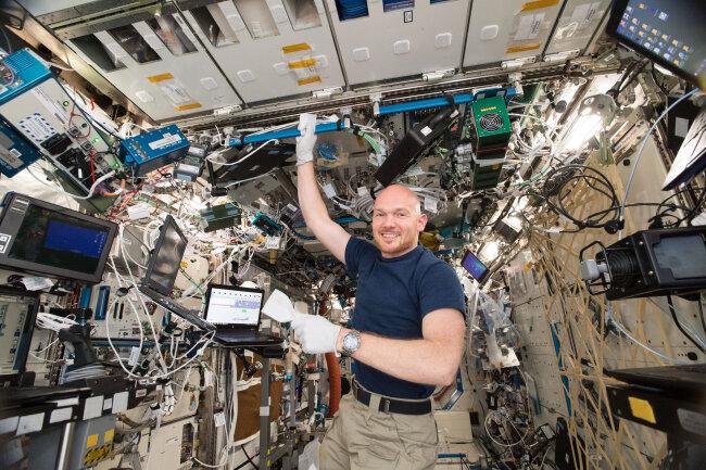 Astronaut Alexander Gerst an Bord der Internationalen Raumstation. Mit ihm wollten Zwönitzer Schüler am Montag eigentlich sprechen.