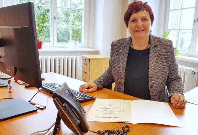 Kerstin Wolf (parteilos) hat am Dienstag ihr Amt als neue Bürgermeisterin der Stadt Plauen angetreten.