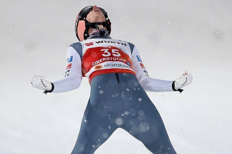 Geschafft: Stefan Kraft gewinnt WM-Gold auf der Großschanze.