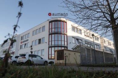 Rund 70 Beschäftigte im Limbach-Oberfrohnaer Aumann-Werk sollen entlassen werden.