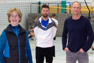 Tommy Färber (Mitte), Leiter der Sportfachschaft des Diesterweg-Gymnasiums, hat das Konzept für das Sportzentrum entwickelt. Angela Seidel und Steven Fischer stehen ihm als Trainer zur Seite.