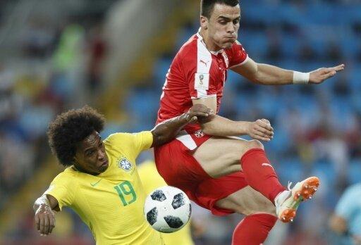 Brasilien mit einem Gruppensieg in die nächste Runde