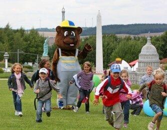 """2011: Neues Maskottchen wurde in diesem Jahr """"Basti der Bär"""""""