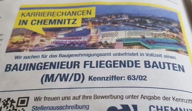 """Eine Stellenanzeige, die mancher zweimal lesen muss: Ausschnitt aus einer der jüngsten Ausgaben des """"Amtsblatts"""" der Stadt Chemnitz."""