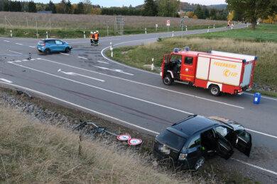 Bei einem Unfall in Kirchberg sind am Sonntagnachmittag nach ersten Informationen drei Menschen verletzt worden.