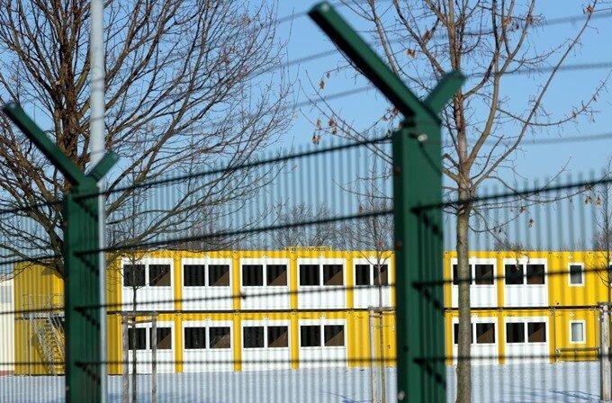 Chemnitz: Konflikt zwischen Stadt und Land um Container für Asylbewerber