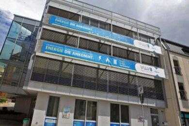 Auch am Gebäude der Stadtwerke in Lichtenstein werden die VWS-Schilder womöglich nicht mehr lange hängen. Für die Kunden soll sich aber nicht viel ändern.
