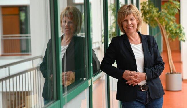 Volkshochschulleiterin Grit Bochmann sieht die städtische Einrichtung im Tietz gut auf das neue Semester vorbereitet.