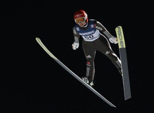 Katharina Althaus springt im japanischen Sapporo erneut aufs Podium