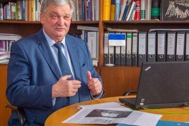 """Oberbürgermeister Heinrich Kohl (CDU) spricht sich im Interview mit """"Freie Presse"""" für ein Nachholen des Sachsen-tages im Jahr 2022 oder 2023 aus. Doch ob es das Volksfest nächstes Jahr gibt - da hat er Bedenken."""