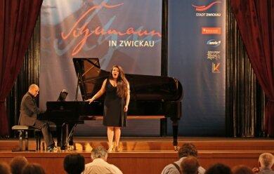 Ein Bild vom 17. Internationalen Robert-Schumann-Wettbewerb: Johanna Will, in Dresden aufgewachsene gebürtige Münchnerin.